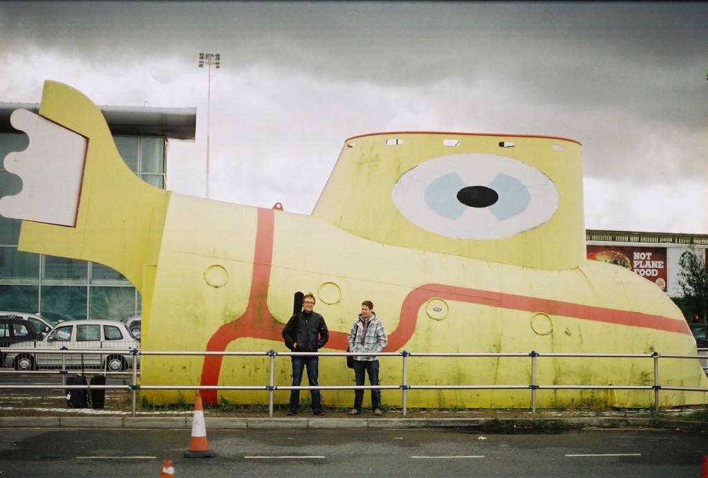 Roots & Terep Liverpooli John Lennoni Lennujaamas-fotoMartin Eessalu-w